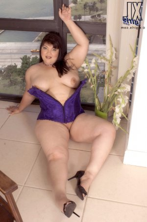 Chloe real escorts in Sahuarita